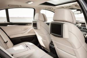 Doplnky, ktoré chránia a zlepšujú vzhľad interiéru auta
