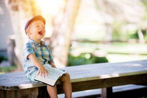 Chcete, aby bolo vaše dieťa šťastné? Tu je 8 rád ako na to